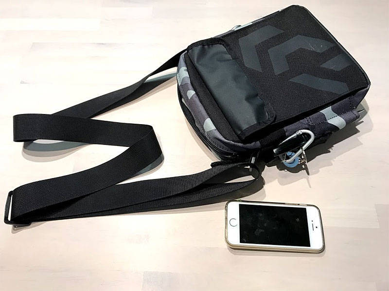 iphone5sと並べて撮影