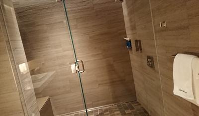 シャワールーム内