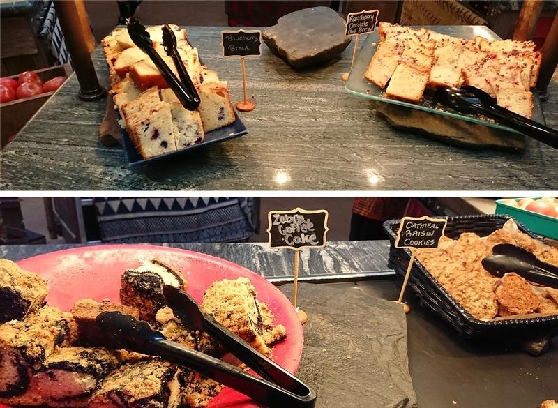 タスカーハウスレストランのケーキ