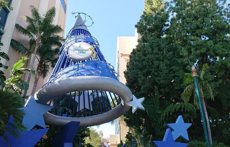 ディズニーランドホテルの入口