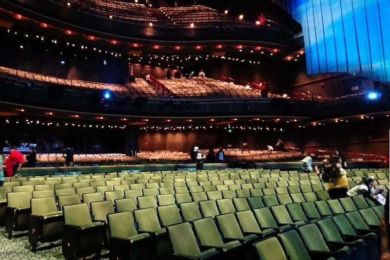 ハイペリオンシアターの座席