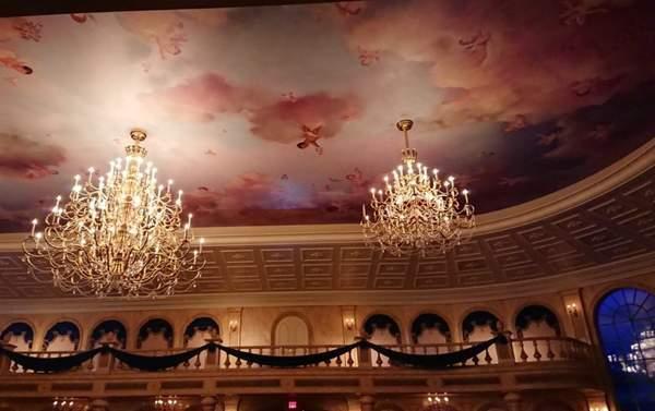 美女と野獣のレストラン Be our guest restaurantのダンスホール