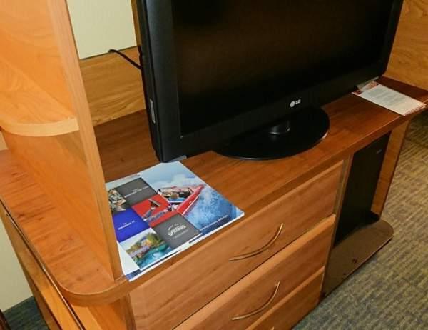 オールスターリゾートの部屋のTV