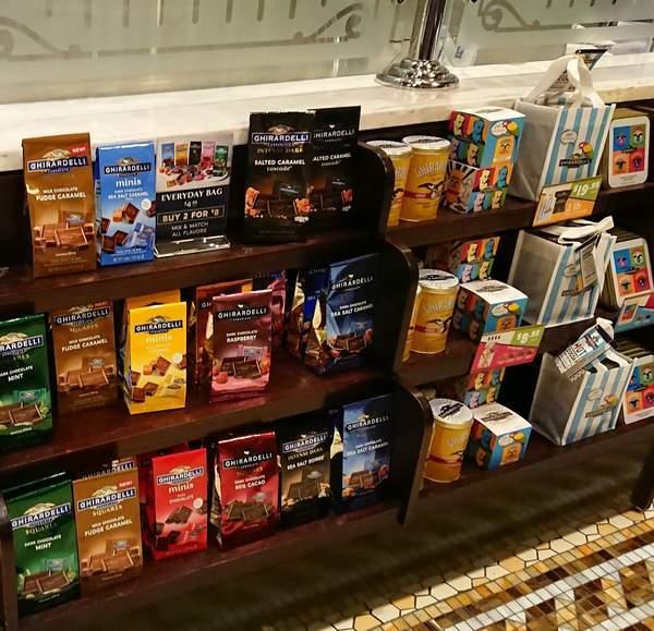 ギラデリ ソーダファウンテン&チョコレートショップで販売されているチョコレート