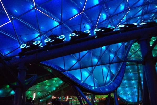 上海ディズニーランドのトロン