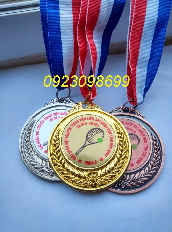 huy chương thể thao sản xuất huy chương bóng đá, huy chương in giá rẻ
