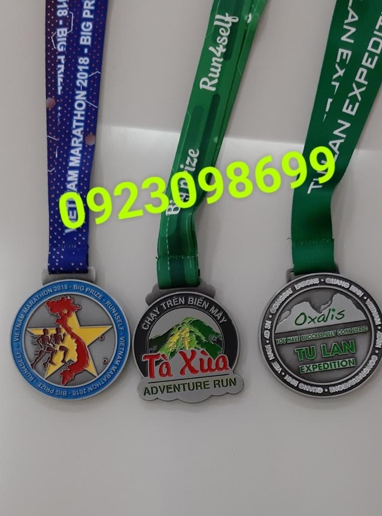 Địa chỉ cung cấp huy chương,chuyên bán huy chương thể thao, huy chương hội thao, huy chương vàng bạc đồng 1