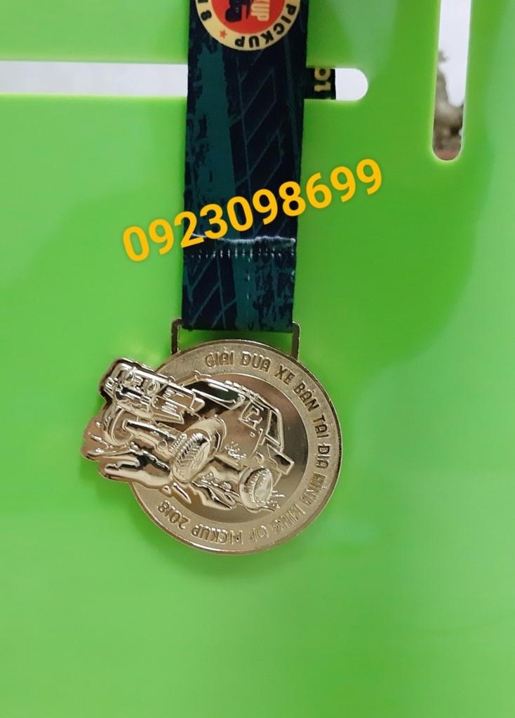 Địa chỉ cung cấp huy chương,chuyên bán huy chương thể thao, huy chương hội thao, huy chương vàng bạc đồng 2