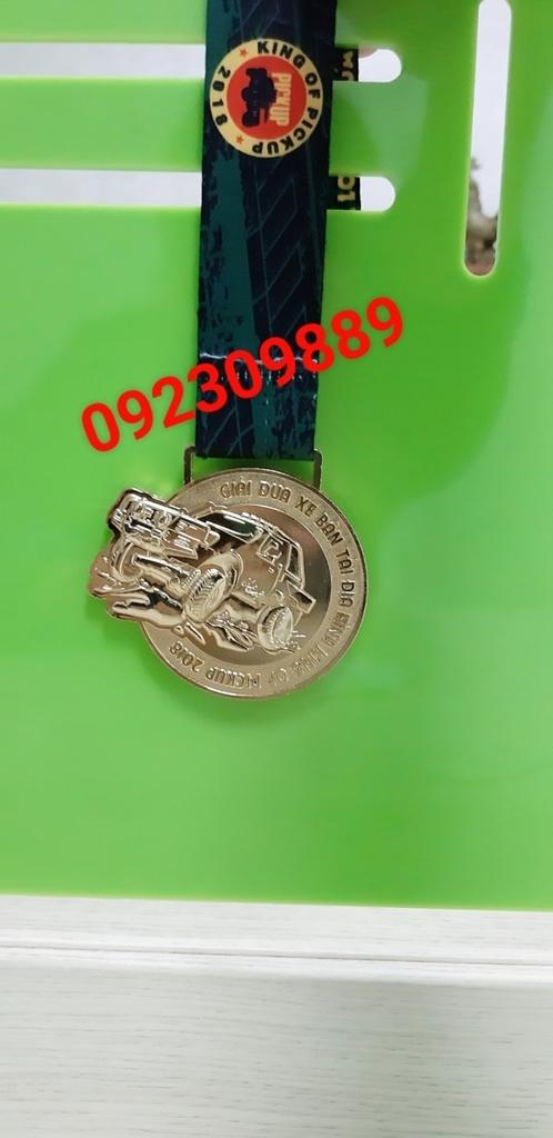 Địa chỉ cung cấp huy chương,chuyên bán huy chương thể thao, huy chương hội thao, huy chương vàng bạc đồng 3