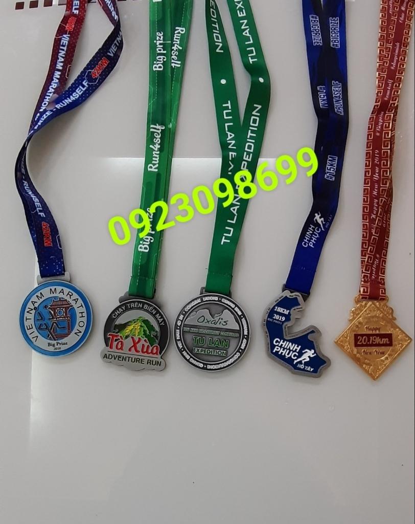 Địa chỉ cung cấp huy chương,chuyên bán huy chương thể thao, huy chương hội thao, huy chương vàng bạc đồng 5
