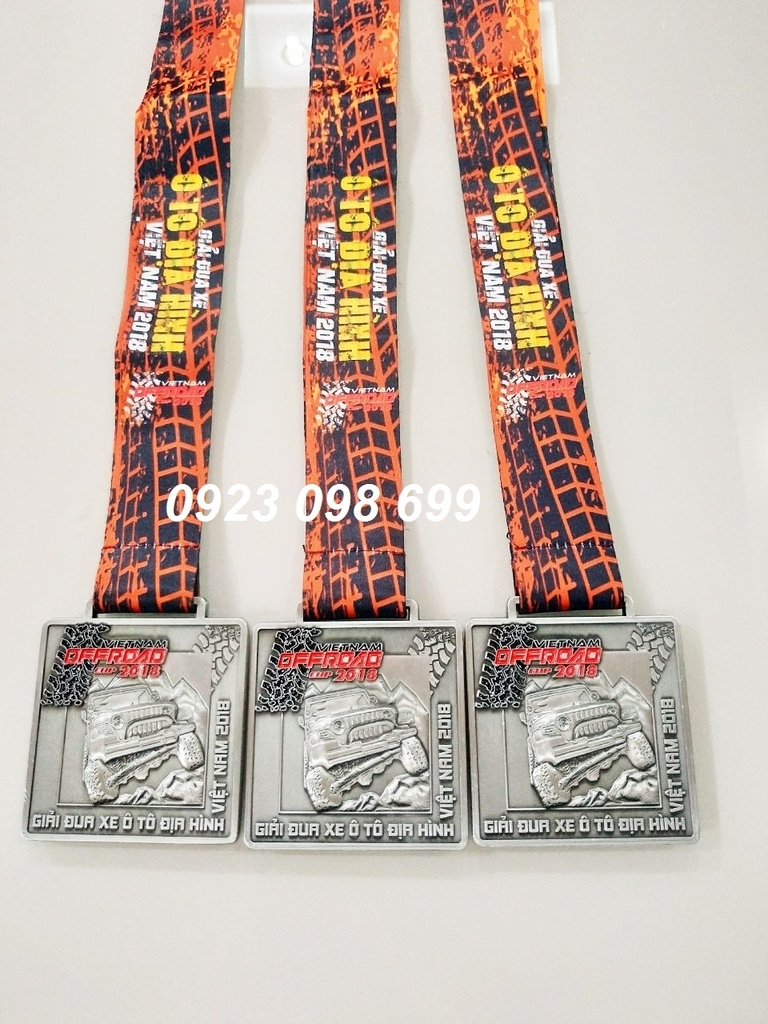 Địa chỉ cung cấp huy chương,chuyên bán huy chương thể thao, huy chương hội thao, huy chương vàng bạc đồng 10