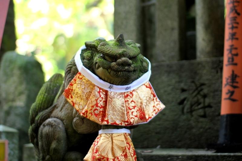 伏見稲荷大社狛犬