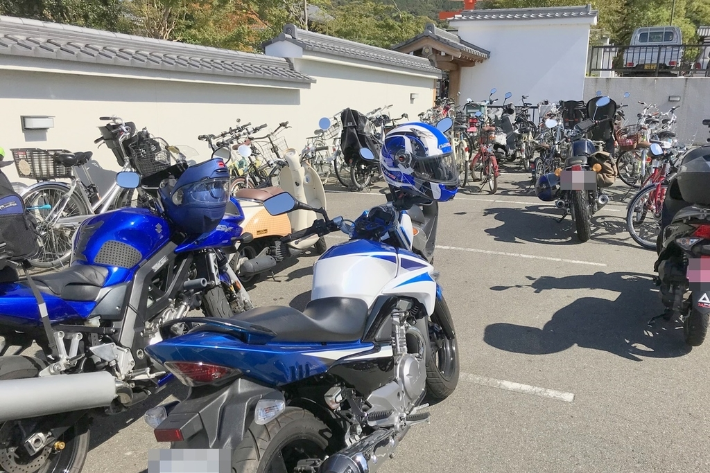 伏見稲荷大社バイク駐車場