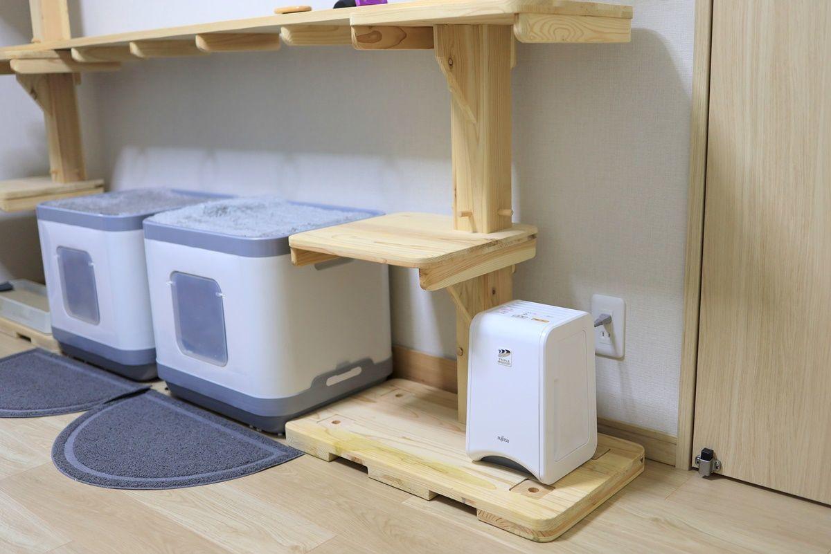 猫のトイレ用に脱臭機『PLAZION(プラズィオン) DAS-15E』を購入