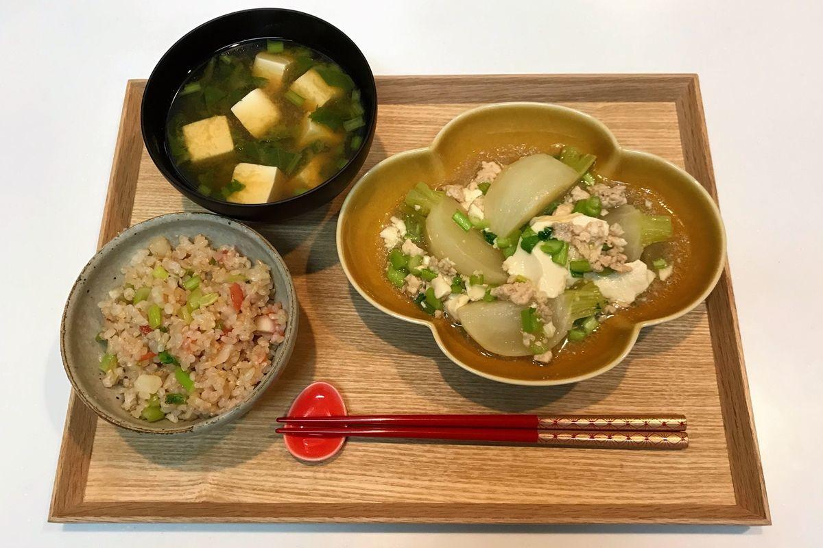 【献立・一汁一菜】かぶづくし!かぶの梅ごはん+豆腐とかぶのトロトロ煮+味噌汁