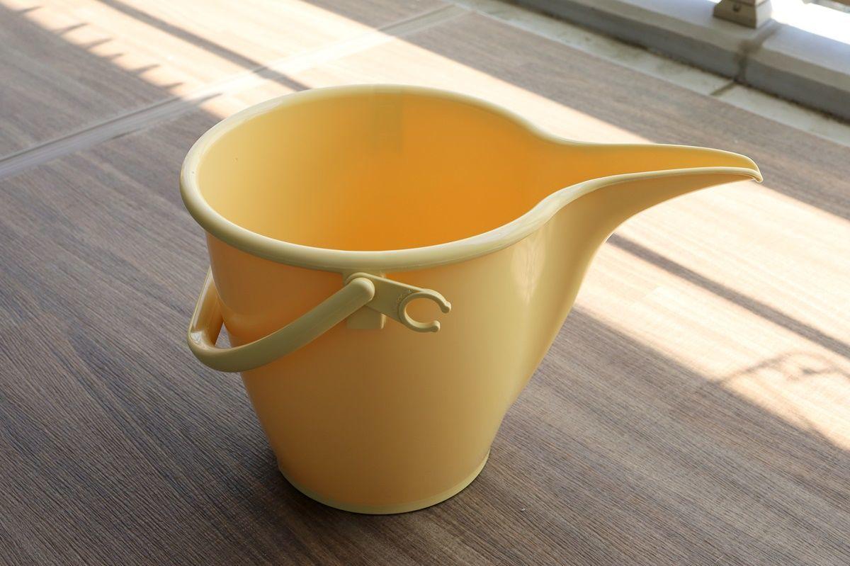 黄砂やPM2.5で汚れるベランダ掃除に『ガーデニングバケツ』が便利