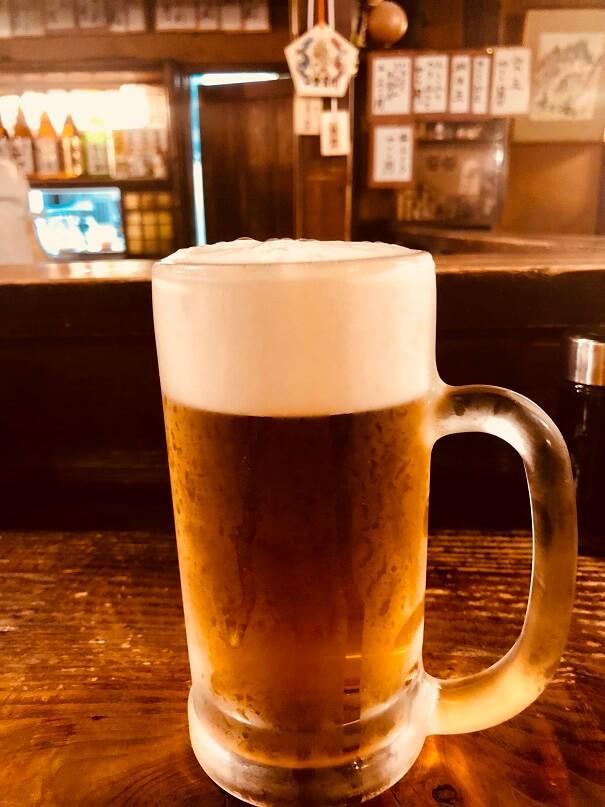 仙台の居酒屋「源氏」で生ビール