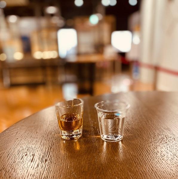 ニッカ余市蒸留所の「ウイスキー博物館」の有料試飲。