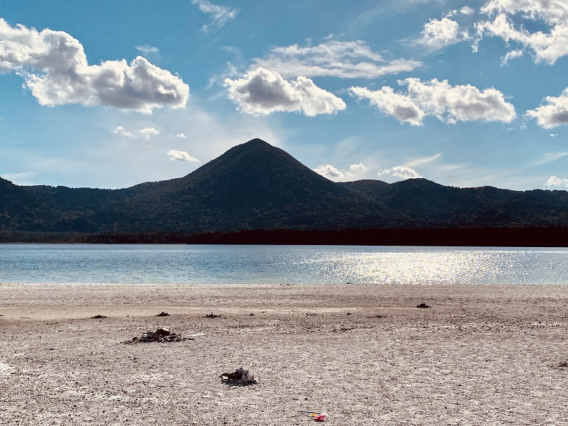 恐山の宇曽利湖