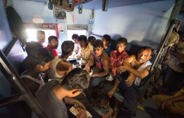 インド電車1