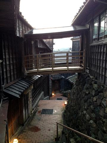 麻吉渡り廊下