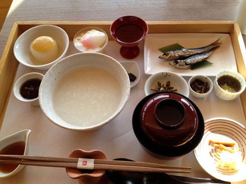 御饌の朝粥