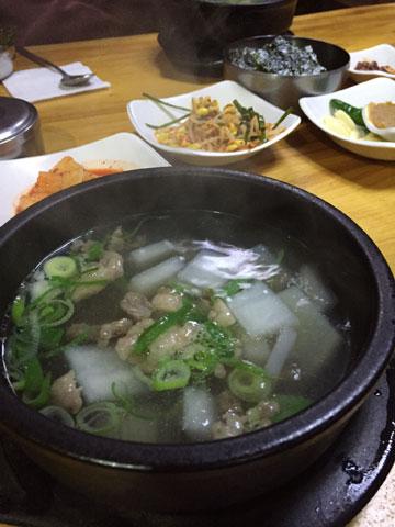ハニルオクの大根牛肉スープ