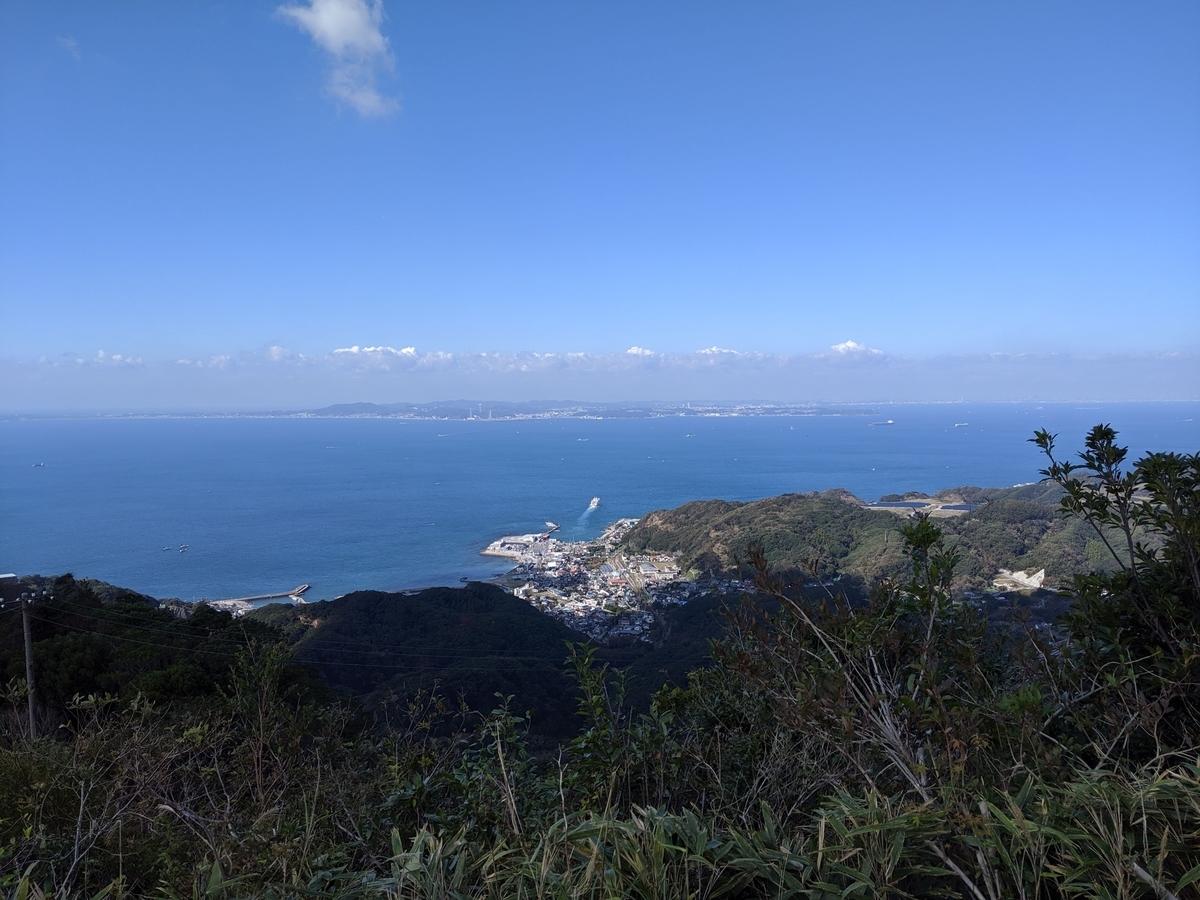 東京湾を望む景色