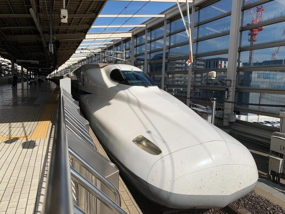 京都駅で撮影したN700系新幹線