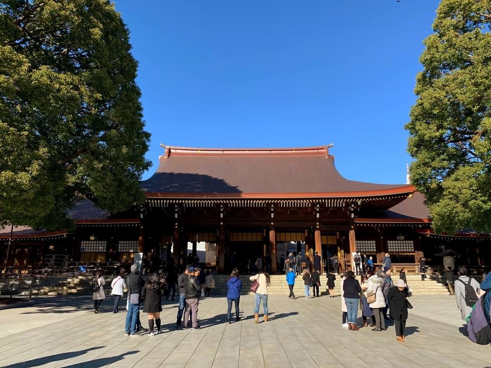 明治神宮の荘厳な外拝殿