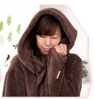フード付き着る毛布ウォーミーを楽天で買った暖かくて冬おすすめ