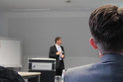 転職フェアは社長や役員に会える効率のいい就職活動