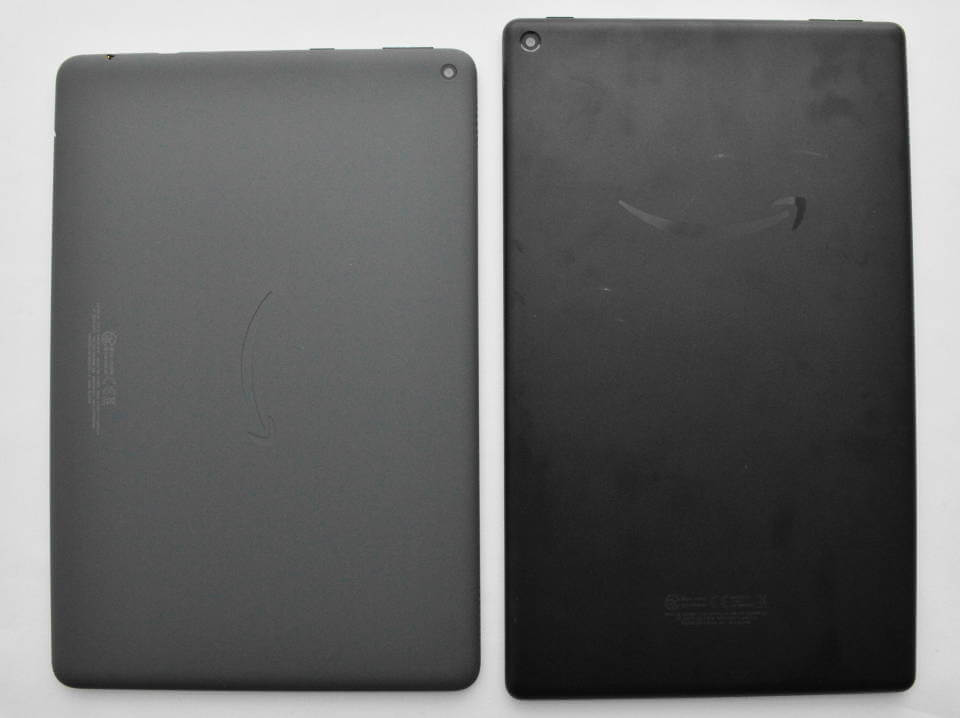 FireHD10Plus FireHD10 新型 旧型 裏面 素材 比較