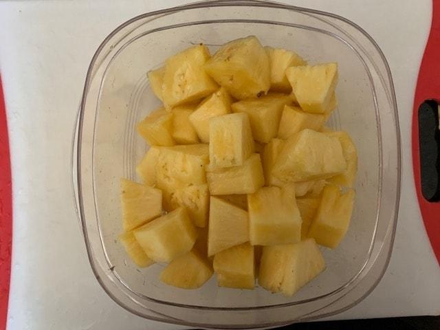 パイナップル さばき方