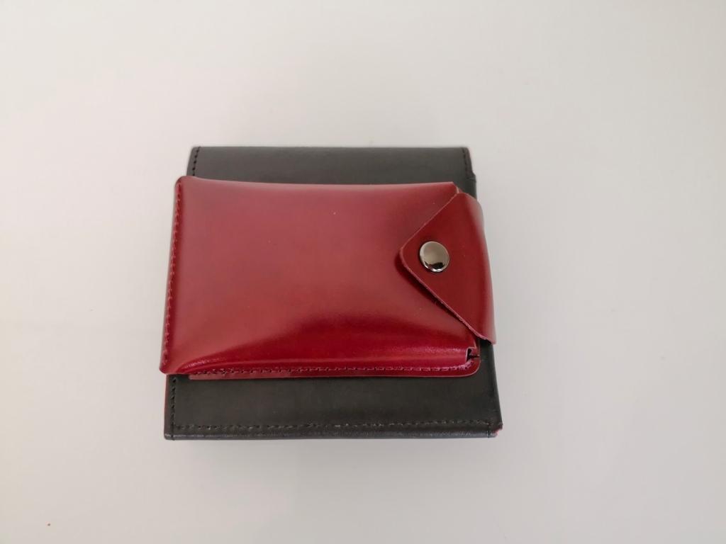 アブラサス薄い財布と薄いカードケース