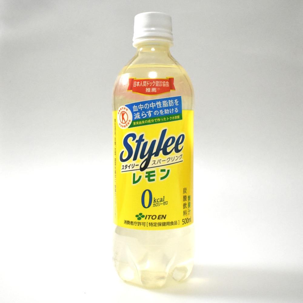 伊藤園のトクホ炭酸スタイリースパークリングレモン