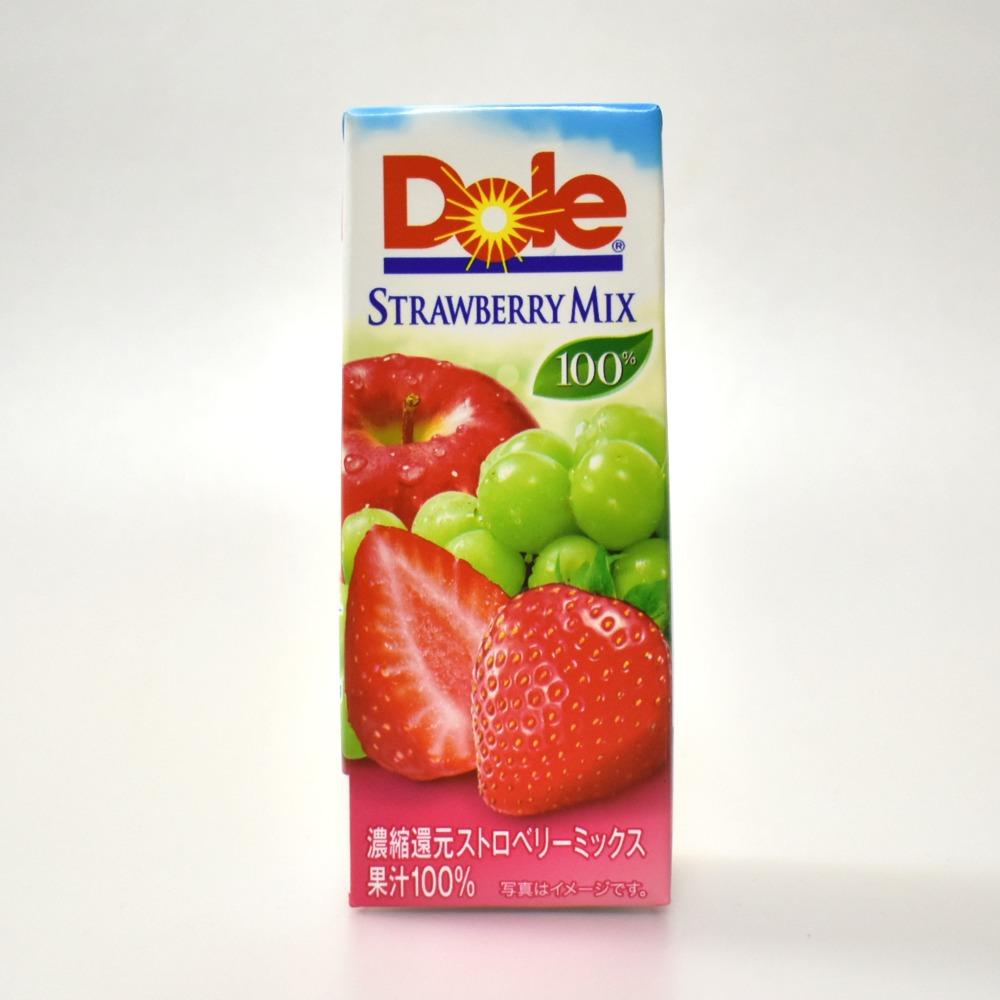 雪印メグミルクのDoleストロベリーミックス100%
