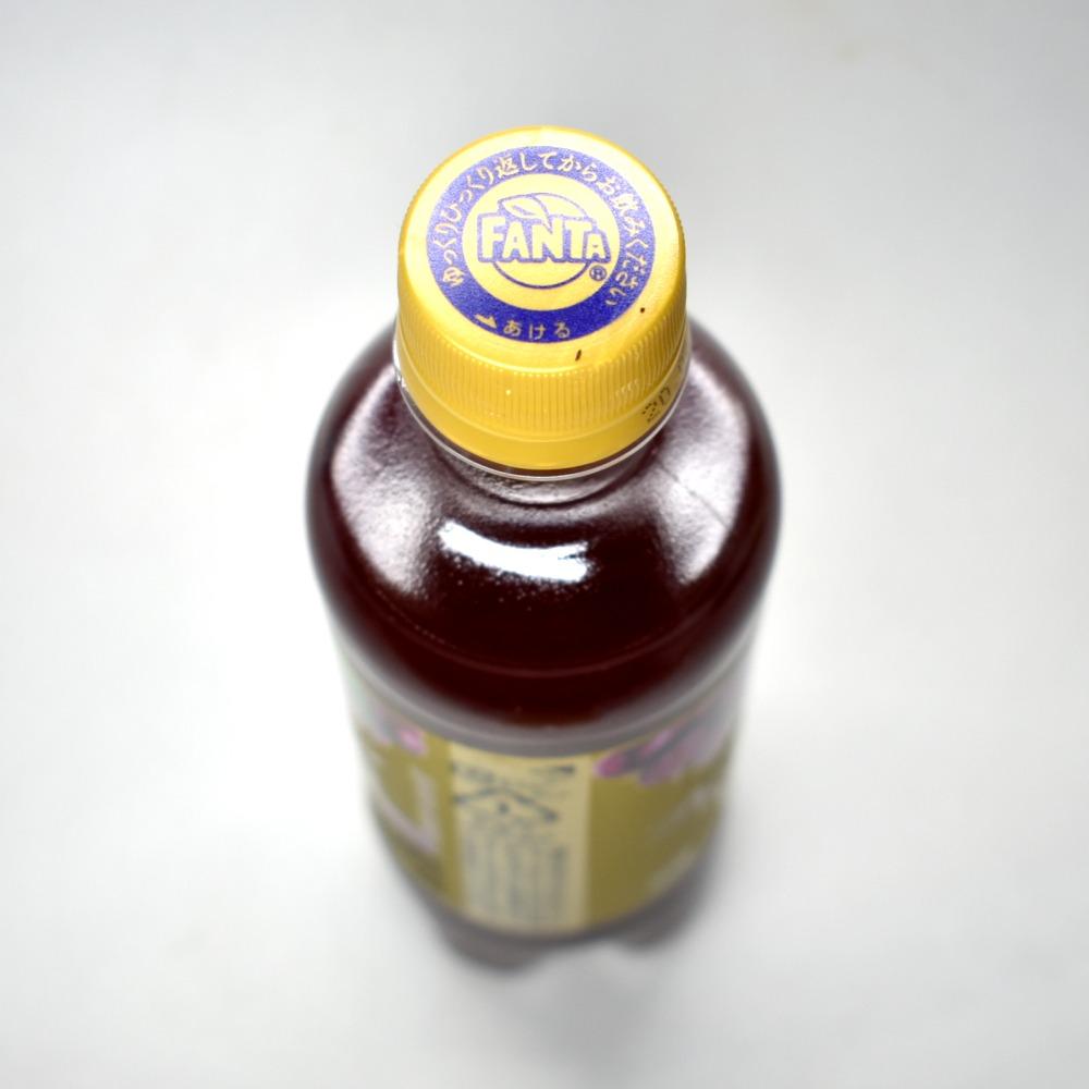 ファンタ プレミアムグレープのペットボトルキャップ