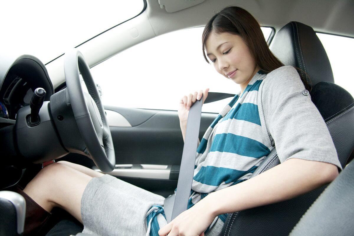 シートベルトは必ず締める
