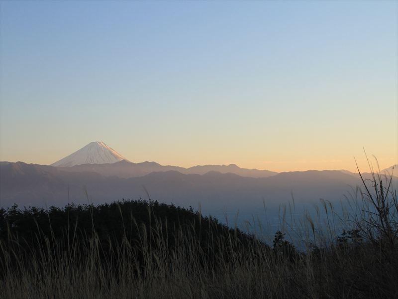 休憩所から見る富士山