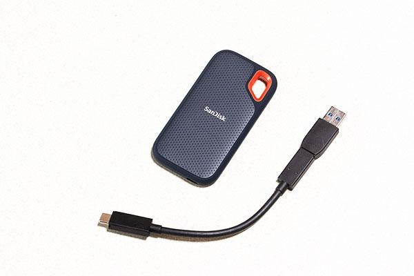 USB-AポートとUSB-Cポートどちらでも使えます