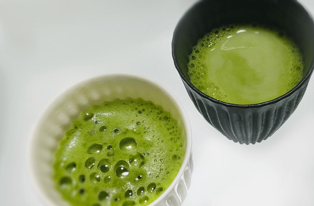 カフェラトリーの濃厚抹茶ラテとブレンディの抹茶ラテを比較!インスタントドリンク
