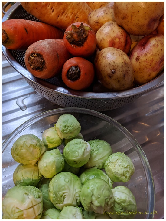 芽キャベツ、ニンジン、ジャガイモ、パースニップ