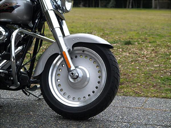 バイクのディッシュホイールの例