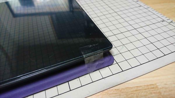 100均ダイソーの液晶保護フィルム貼り付け時のセロハンテープ