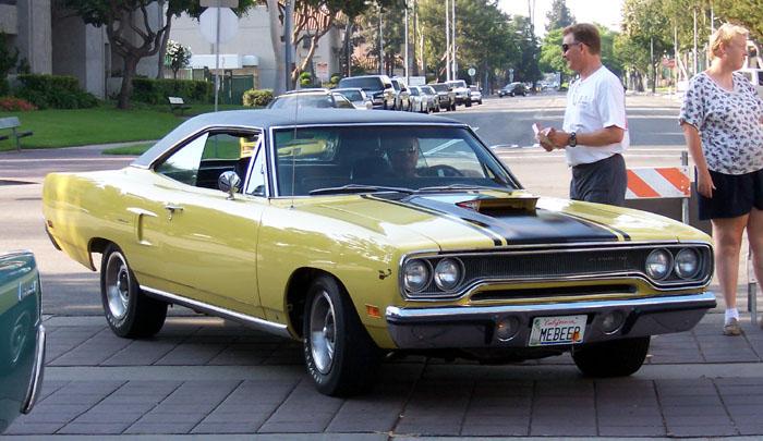 【マッスルカーとは】スポーツカーともポニーカーとも違うアメリカ車