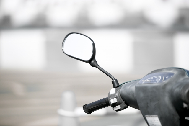バイク【冬の防寒対策グッズ】8選|寒くて死にそうになるやつ必見