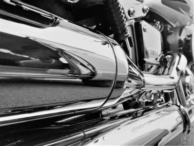 バイク【メッキ面のサビ取り方法】メッキを綺麗に復活させるにはコレ!