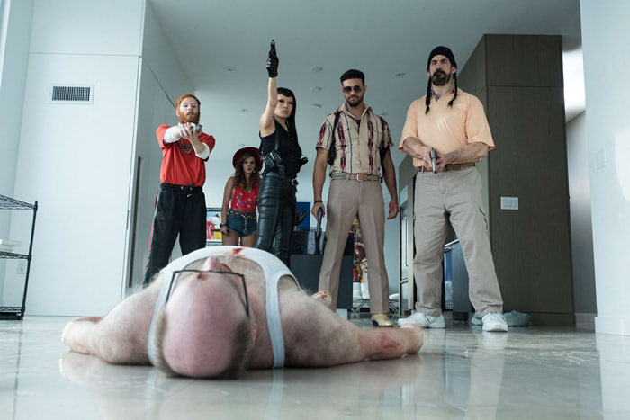 感想【ポーラー狙われた暗殺者】マッツミケルセンが脱ぎます|Netflix