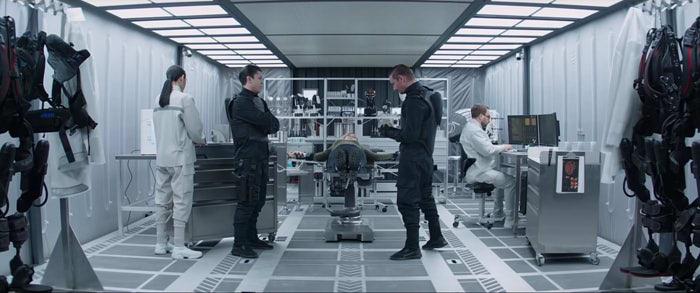 『ワイルド・スピード/スーパーコンボ』予告編の一場面